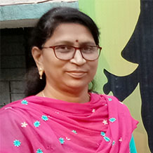 Mrs. Kavita Uplanchiwar - Principal – Geetamata Arts, Commerce & Science Jr. College