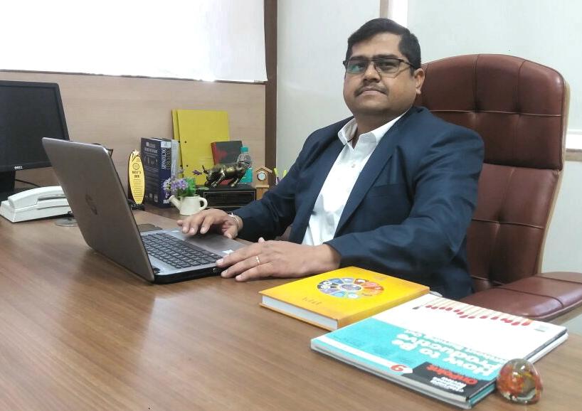 Dr_Sandeep_Sane